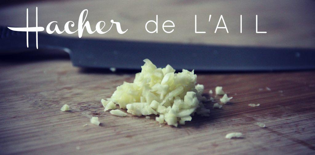 comment-hacher-ail-technique-cuisine